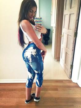 See julianna101's Profile